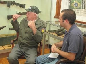 """""""E as metralhadoras estavam LÁ!"""" Cabo João Moreira falando sobre seu treinamento."""
